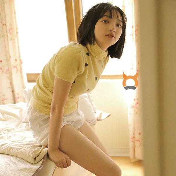 漂亮又青春的小姐姐 美女小萝莉俏皮可爱白皙美腿私房照