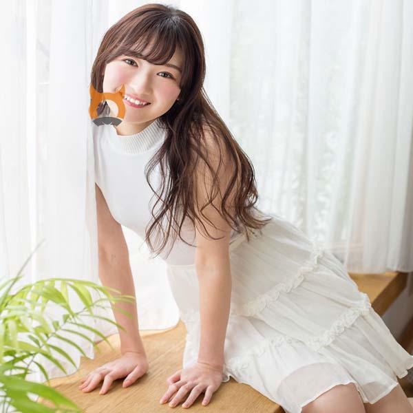 近藤-居家白色连衣裙诱惑写真照片