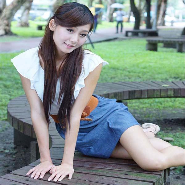 港台美女 番外篇 Winnie小雪 - 春节校园清新外拍套图