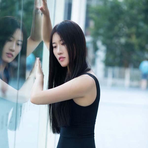 Jessica 《高挑窈窕,仪静多姿》写真套图